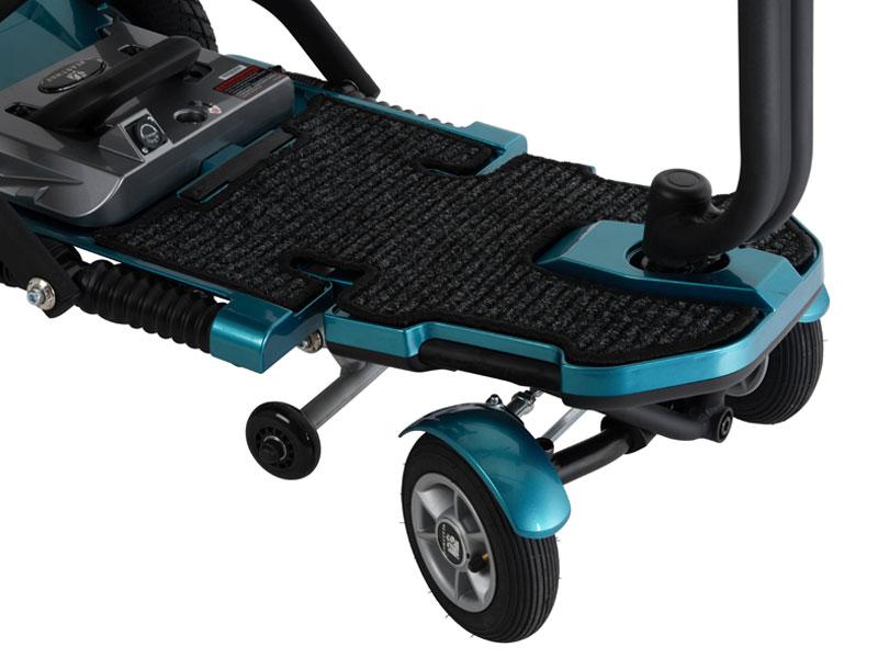 Plus de garde au sol et grand espace pour les jambes et les pieds