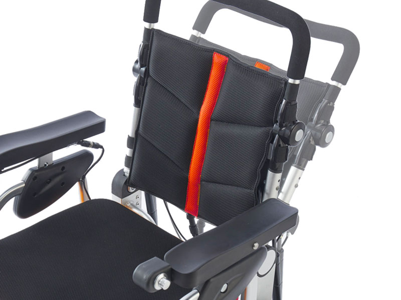Angle de dossier réglable pour une séance active ou plus détendue | Dossier avec sangles de tension