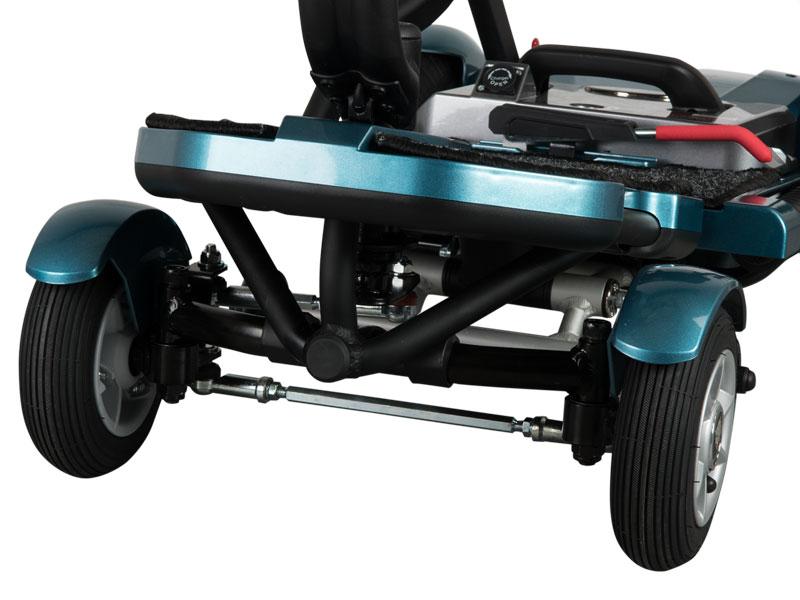 """Een volwaardige, stabiele vierwieler met grote en brede luchtbanden (7"""" voor / 9"""" achter) voor meer rijcomfort"""
