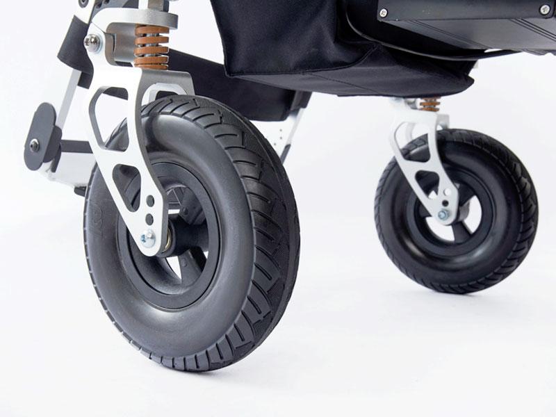 """Stoere 8"""" voorwielen met onderhoudsvrije antilekbanden voorzien van vering voor optimaal rijcomfort"""