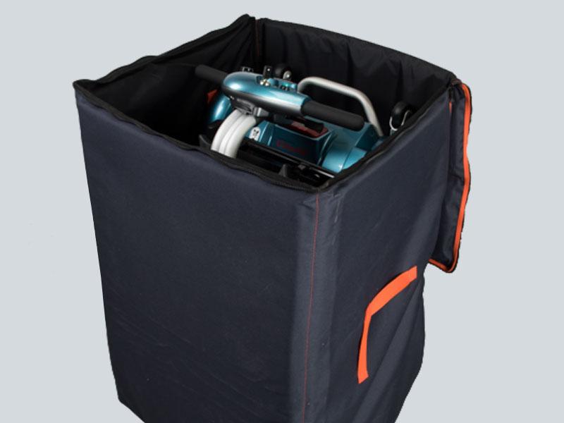 Brio accessoires zoals extra accu, rugleuning tas, opberghoes,  armleuningen, stokhouder, verlichting en achteruitkijkspiegel voor uw  scootmobiel